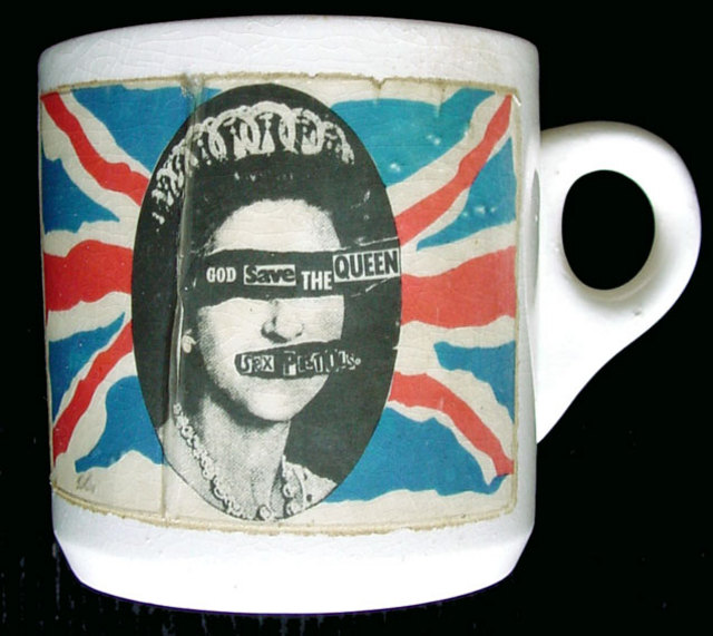 God Save The Queen - Mug, 1977