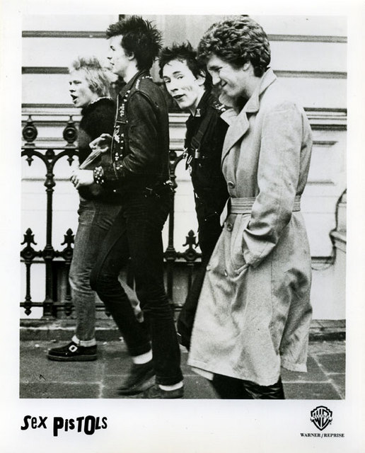 Warner Brothers promo picture 1977 (London, 1977 © Janette Beckman)
