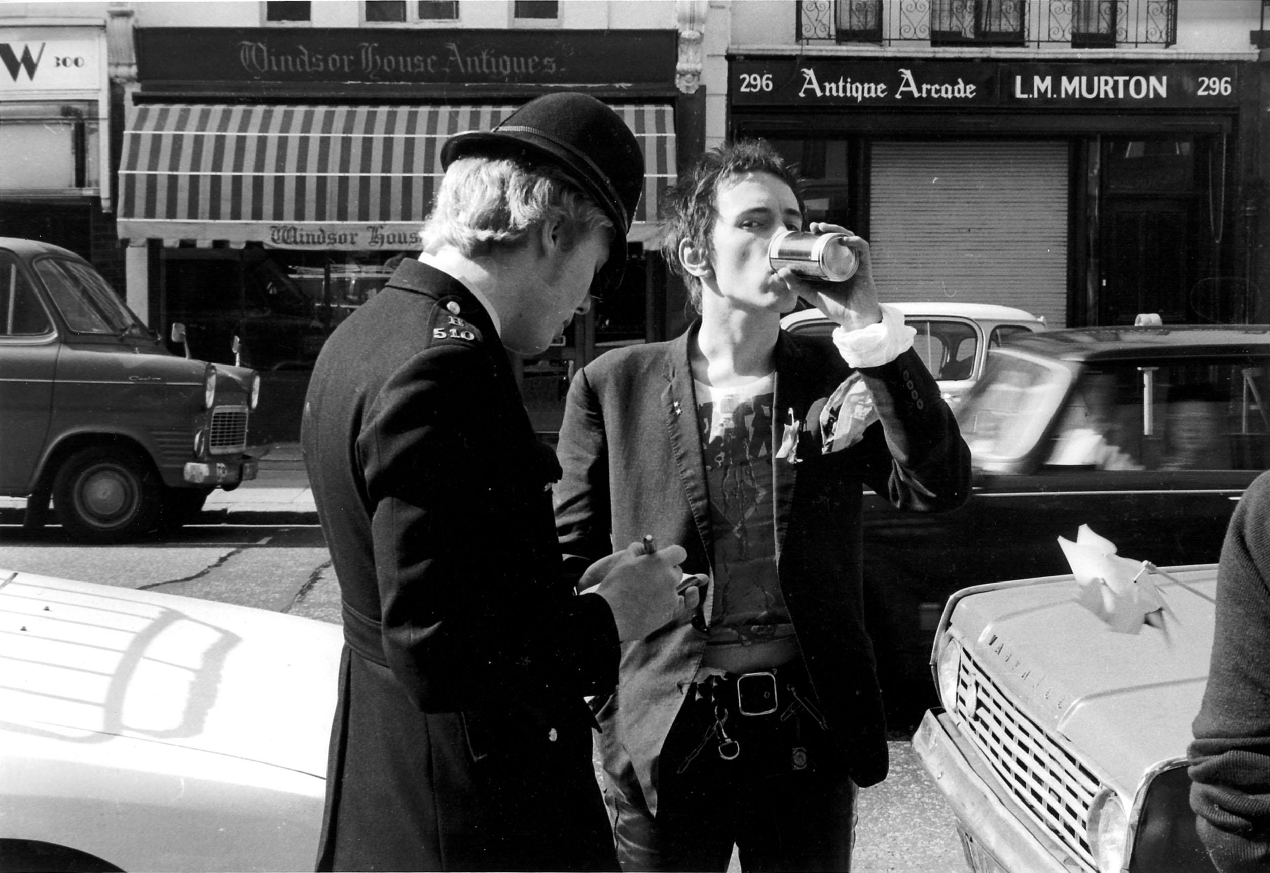 Portobello Road, London 23rd May 1977 © Barry Plummer